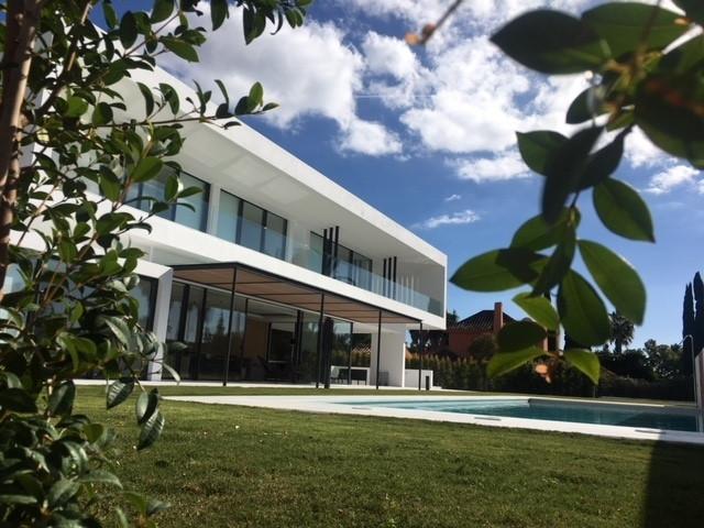 PRECIO CONSULTAR.. Villa preciosa esta en construccion y esta ubicada en la zona ajardinada  y privi,Spain