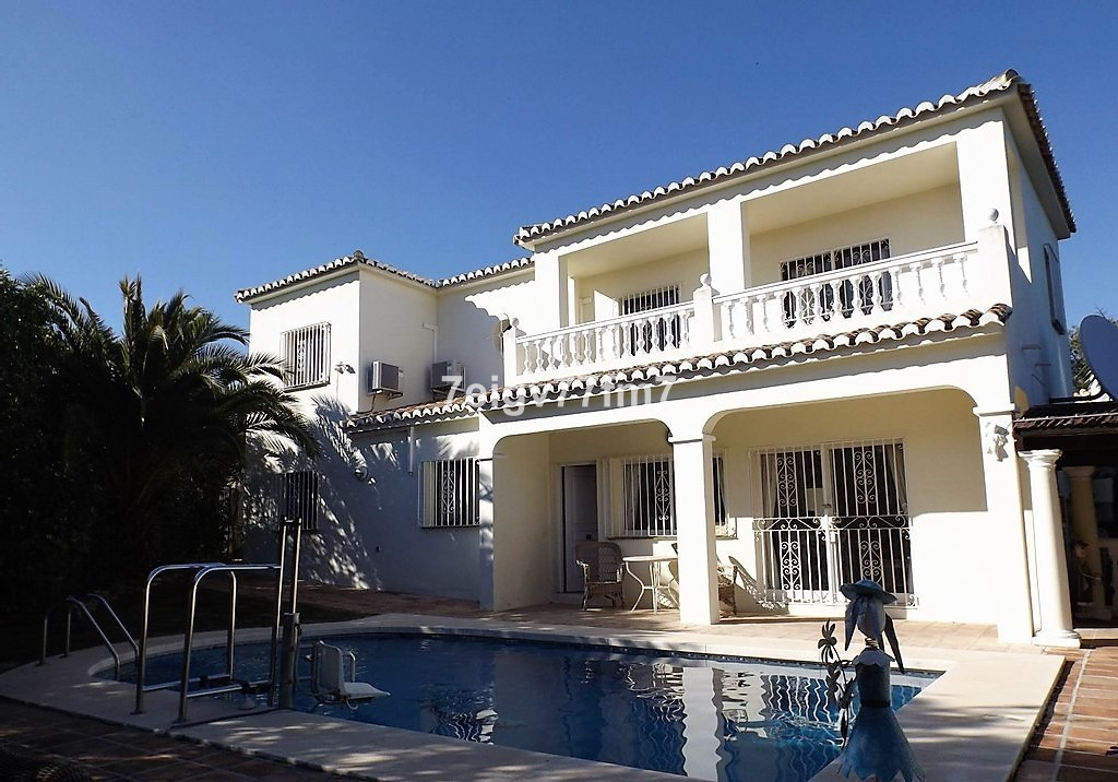 4 BED VILLA IN CALAHONDA WITH POOL  The property consists of three double plus one single bedroom an, Spain