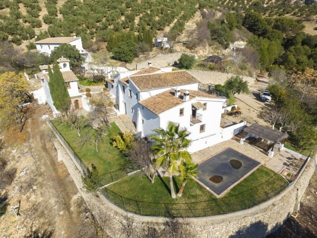 Luxurious Bed & Breakfast style Spanish Cortijo with panoramic country views!!  It is distribute,Spain