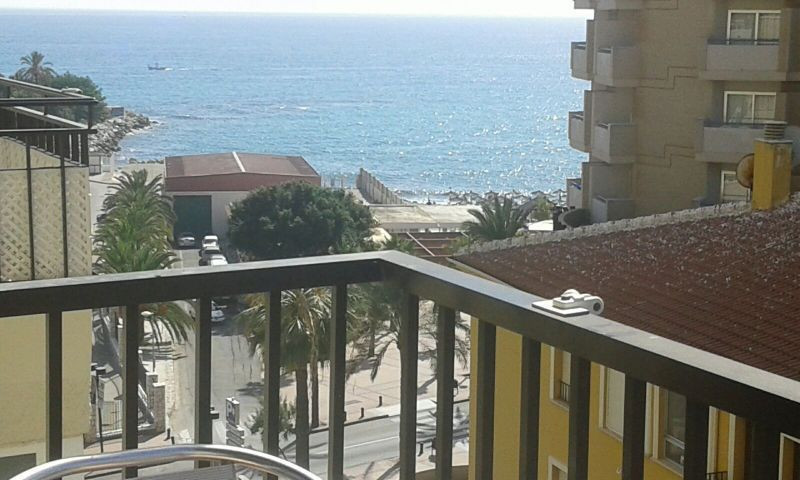 Bright apartment, first line beach. 1 bedroom, 1 bathroom, living-dining room, separate kitchen, ter, Spain