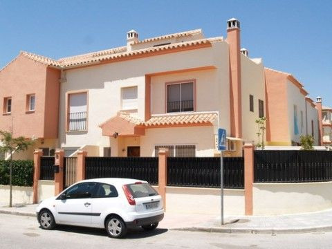 Very nice remoted house, only approx. 800m from the beach, 2 furnished kitchens, big roof terrace, n, Spain