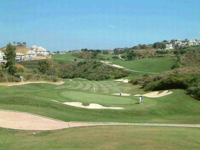 Beautiful three bedroom, three bathroom (and guest w.c.) townhouse with direct views to La Cala golf,Spain