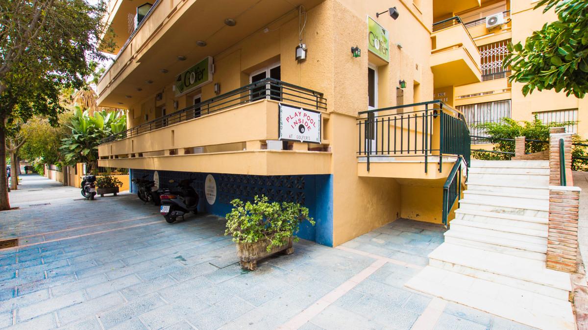 Bar, Marbella, Costa del Sol. Built 100 m², Terrace 20 m².  Orientation : South. Condition : Good. C,Spain