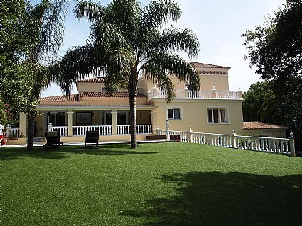 Sotogrande Alto: Family villa in immaculate condition throughout. 6 bedrooms 6 bathrooms,  master be, Spain