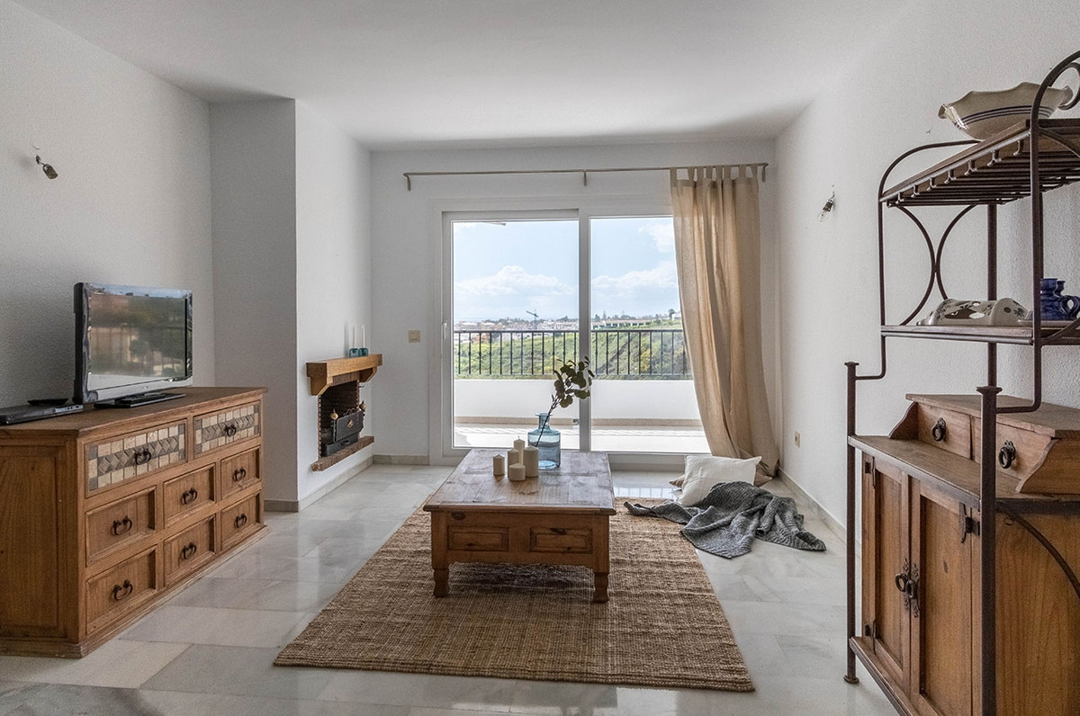 Riviera del Sol - Renovated apartment with 2 bedrooms and beautiful urbanisation with 2 poolareas Th,Spain