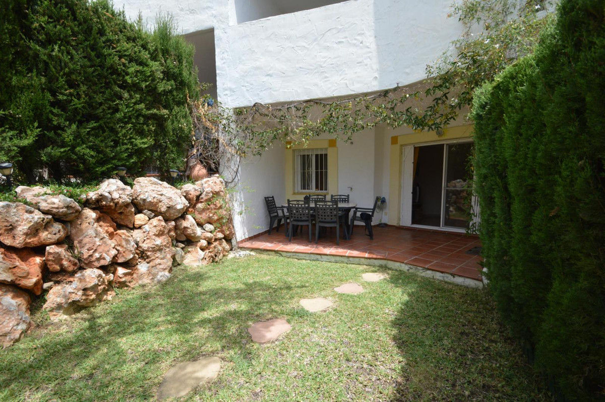 Apartment with private garden and terrace  Mijas-Costa, Riviera del Sol, Urbanisation Colinas de Riv, Spain