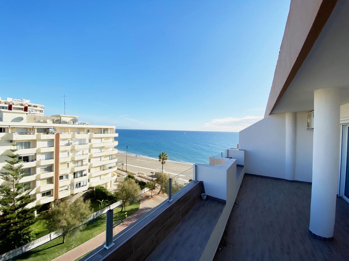 Top Floor Apartment, Fuengirola, Costa del Sol. 4 Bedrooms, 3 Bathrooms, Built 140 m², Terrace 60 m²,Spain