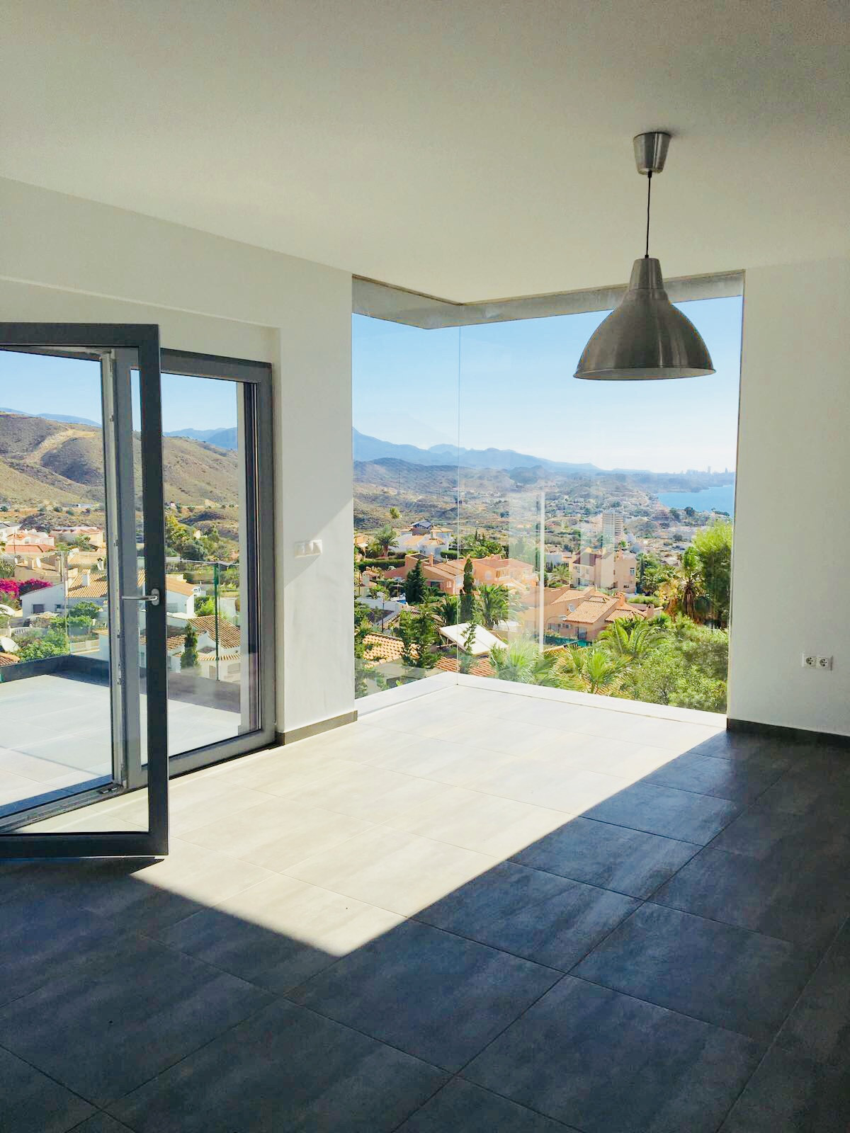 Beautifully built and designed new build with breathtaking sea views. Now complete!  This modern vil,Spain