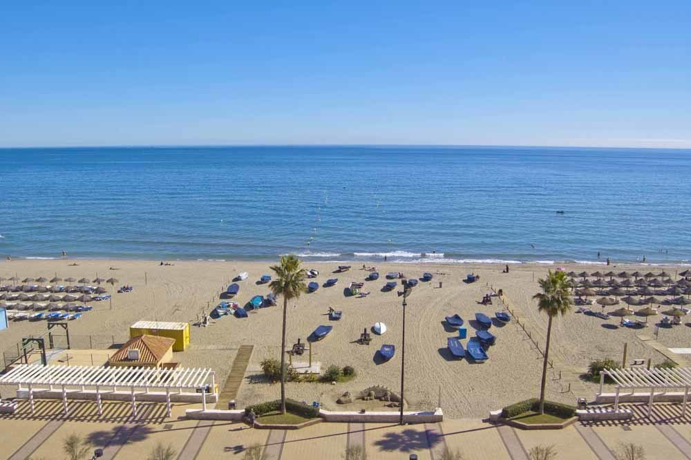 Offering spectacular uninterrupted sea views, this frontline beach apartment is within easy walking , Spain