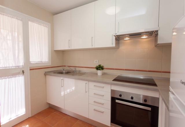 Great  apartment located in El Faro, Mijas Costa. 10 minute walk to beach 2 minute drive to La Cala ,Spain