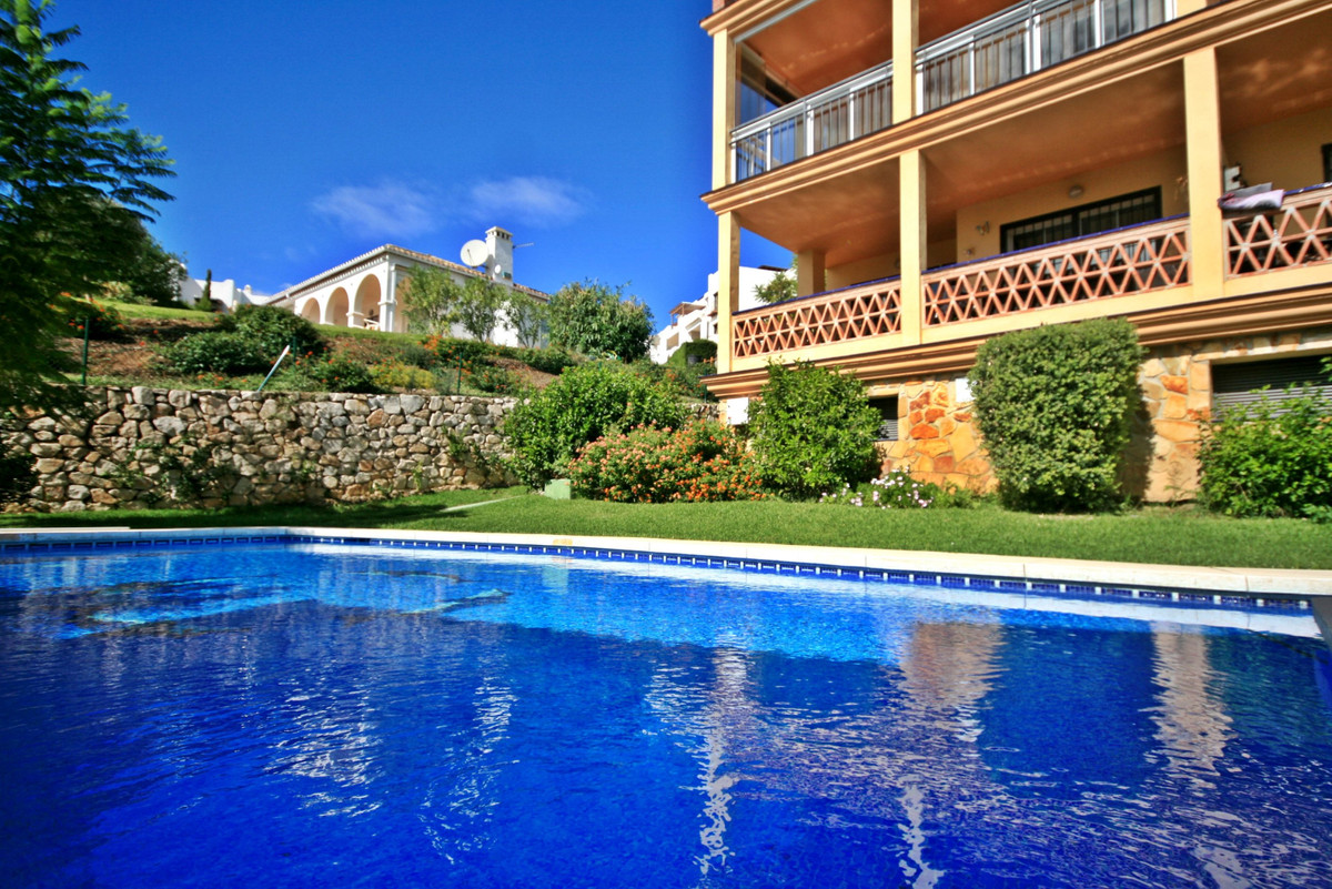 Fantastic 2 Bedroom corner apartment located in Mijas Golf with pool view! This nice apartment offer,Spain