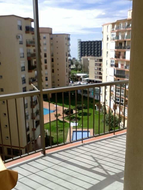 NICELY REFURBISHED APARTMENT IN TORREMOLINOS.  This apartment is located close to the beach in a qui,Spain