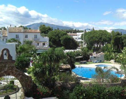 SOLD SUBJECT TO CONTRACT - 2 BED TOWN HOUSE - PRICED FOR QUICK SALE  Charming 2 bedroom townhouse in, Spain