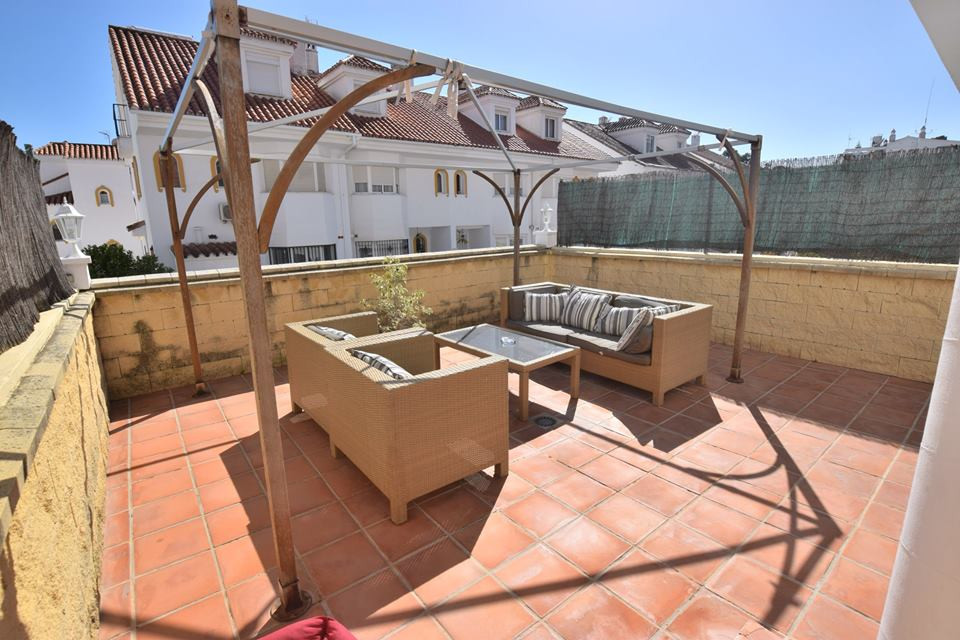 Semidetached Townhouse in El Coto within walking distance to amenities and in perfect condition The ,Spain