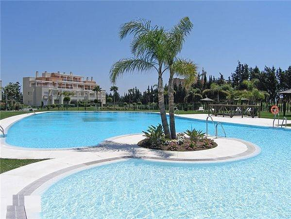 JUST REDUCED IN PRICE - CHEAPEST UNIT IN THE COMPLEX - MUST SELL LUXURY URBANISATION ON THE NEW GOLD,Spain