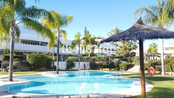 Luminous Groundfloor apartment of 80m2 and another 80m2 of private garden. This wonderful apartment ,Spain