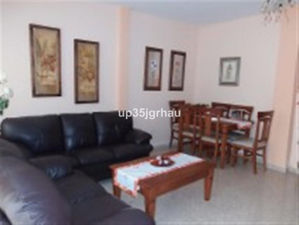 Apartment located in Estepona, on ground floor, 3 bedrooms, 2 baths and terrace. Impeccable quality,, Spain