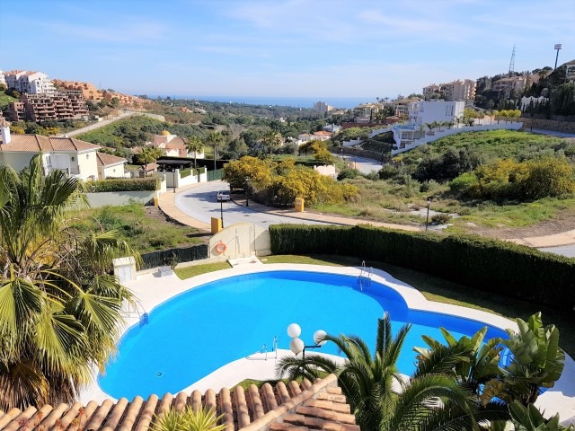 Great location, great sea views, great apartment! This duplex apartment is in perfect condition, off, Spain