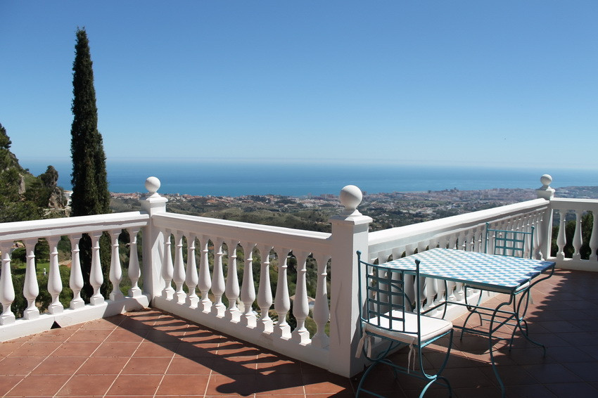 Gorgoeus renovated detached villa with panoramic views in the Mijas village. The house is built on t, Spain