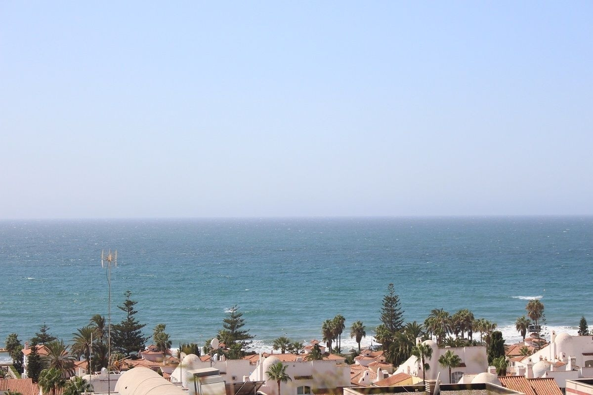 Duplex penthouse with large terrace and lovely open sea views. The property has 4 bedrooms, 1 bathro,Spain