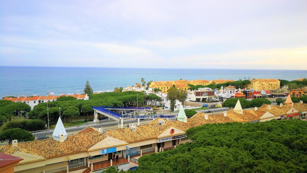 One bedroom apartment in the area of Calypso-Calahonda, located on the seventh floor facing west, fa, Spain