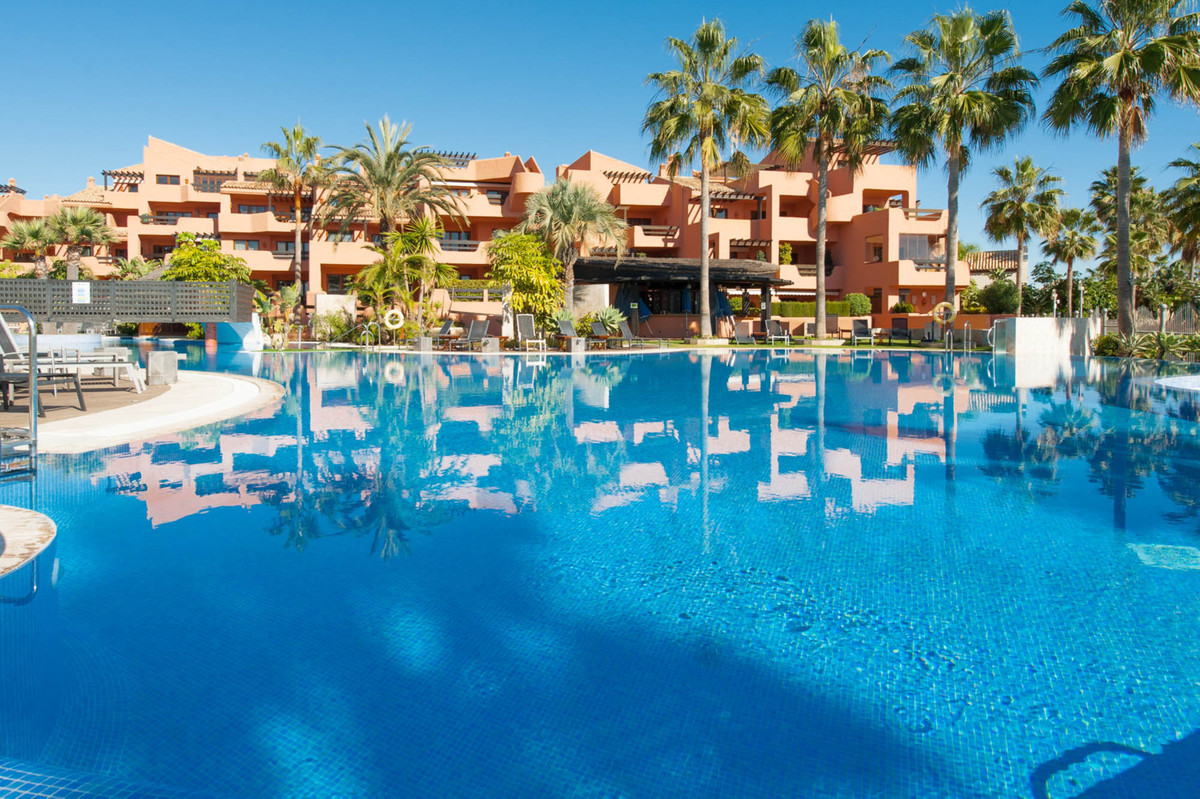Luxurious 3 bedrooms apartment located in  the front line beach urbanization of Mar Azul. The apartm, Spain