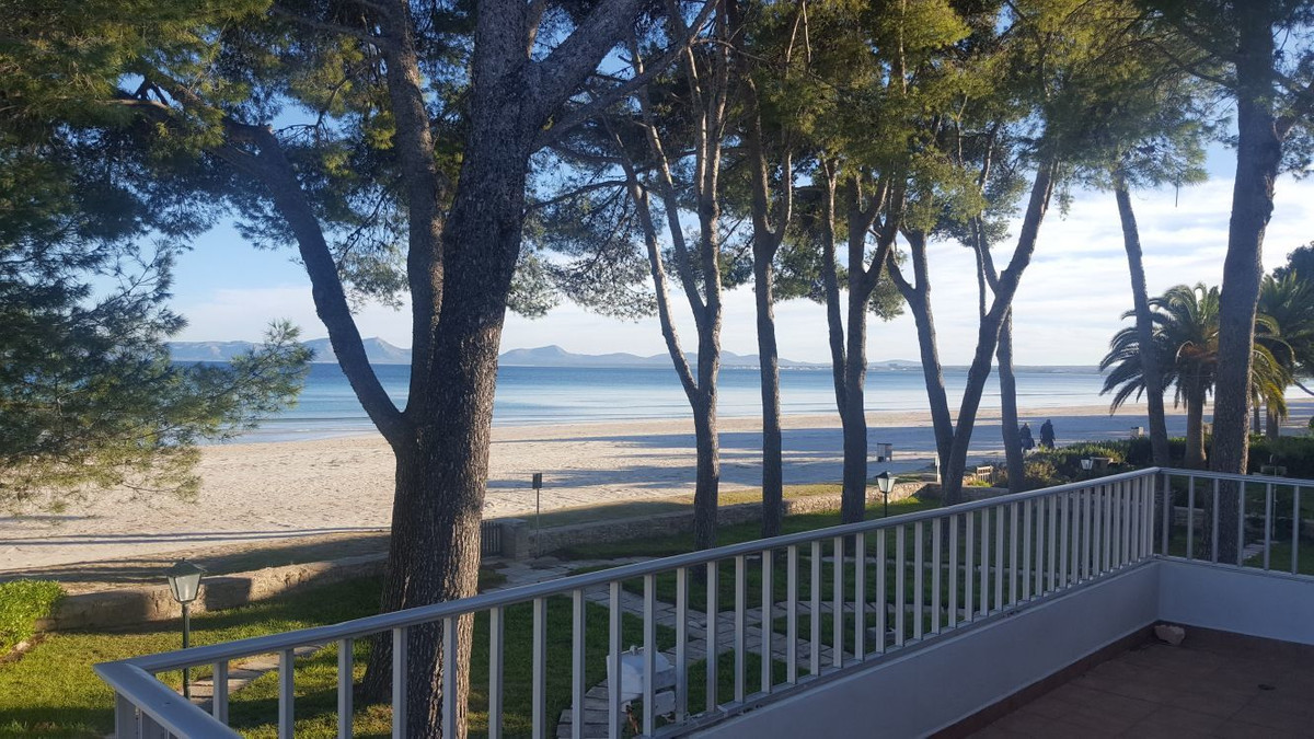 Fantastic first floor apartment right on the beach, on the seafront,  in the best place you could ch, Spain
