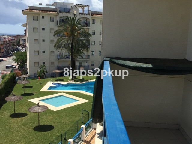ESTEPONA town near to the PORT, close to everywhere........ Good size apartment in a good location w,Spain