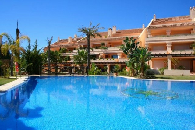 An east facing three bedroom ground floor apartment in Albatross Hill Club, offering 24 hr security ,Spain