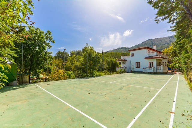 LargeVilla in Pinos de Alhaurin with tennis court, guest accommodation, orchard and large swimming p, Spain