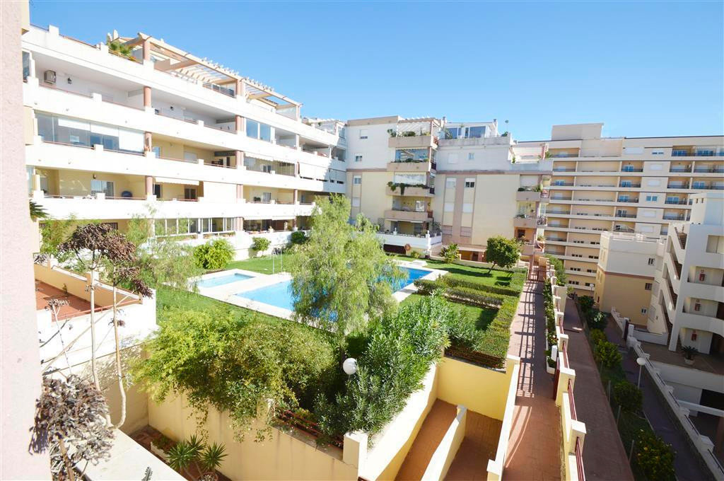 Covered 10sqm Terrace with southeast orientation and Sea Side Views. Walking distance to Benalmadena,Spain