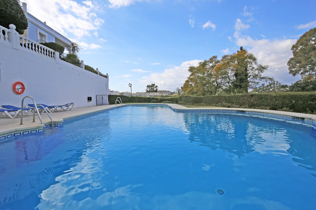 Lovely south facing two bedroom townhouse in the sought after Aloha Pueblo, Nueva Andalucia; with la,Spain