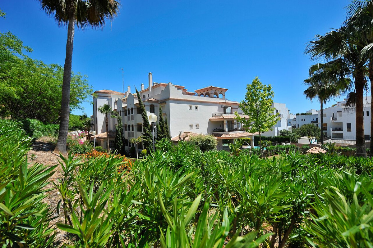 Originally listed at 285,000 € now reduced to 249,000 € Fabulous 2 bedroom apartment that we find in,Spain