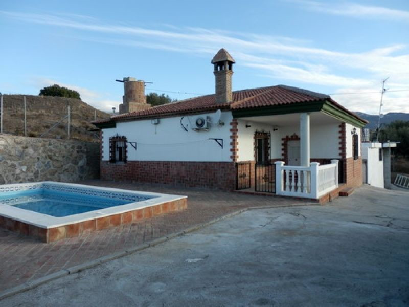 Nice country house on the hill side of Velez Malaga with sea and mountain views, partly furnished, 2, Spain