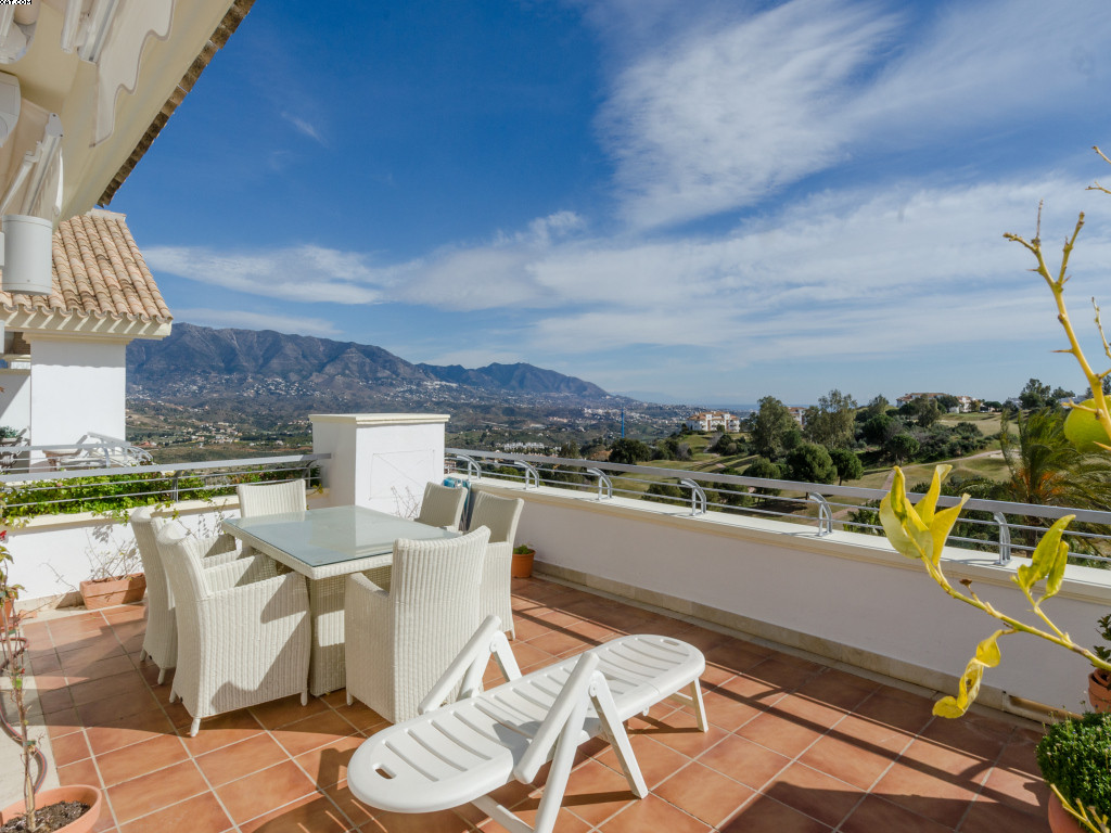 Secure gated penthouse on luxury La Cala Golf and spa resort with 3 championship golf courses, a fou,Spain