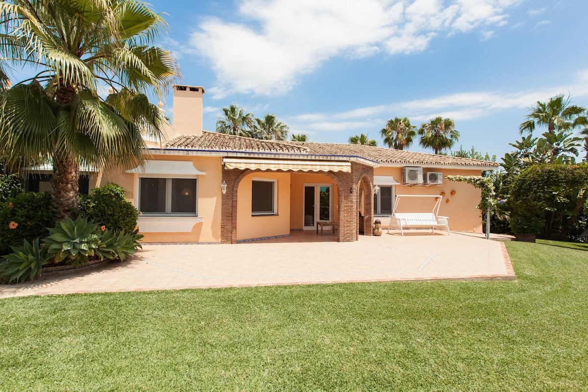 Charming villa on the beachside of Las Chapas area, within 5 minutes walking to the beach. The villa, Spain
