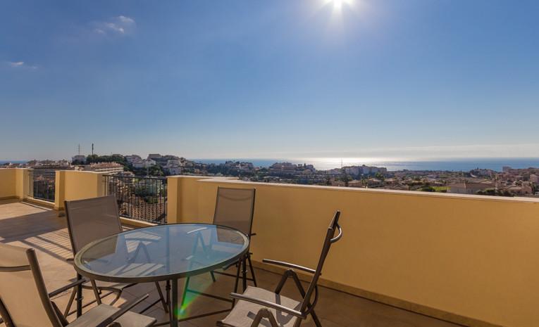 Penthouse, Riviera del Sol, Costa del Sol. 2 Bedrooms, 2 Bathrooms, Built 130 m², Terrace 80 m².  Se,Spain