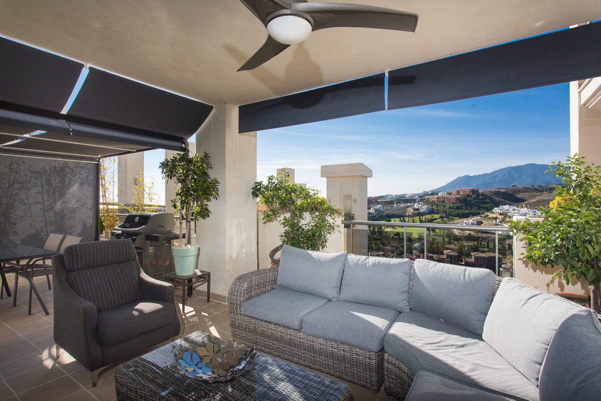 Stunning 2 bedroom second floor apartment located on the New Golden Mile in the prestigious gated de,Spain