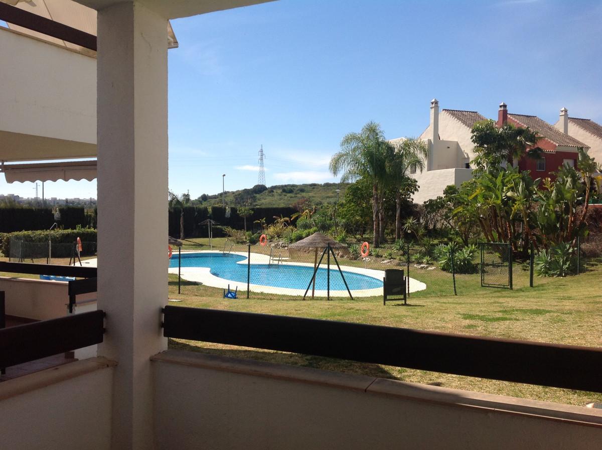 Ground Floor Apartment, Selwo, Costa del Sol. 2 Bedrooms, 2 Bathrooms, Built 85 m², Terrace 8 m².  S,Spain