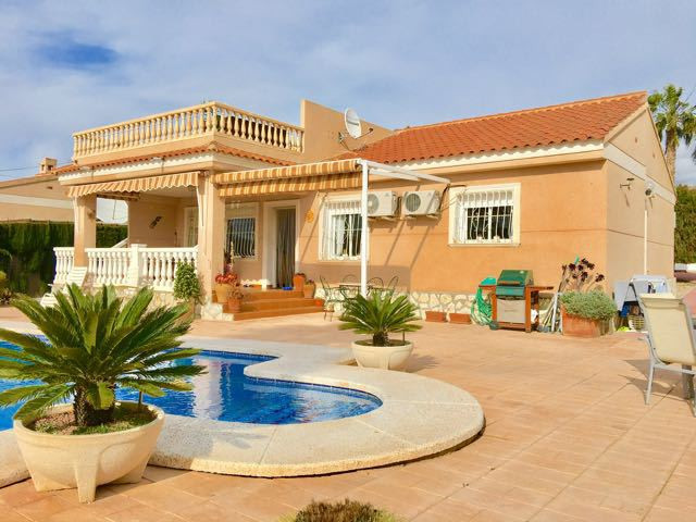 Beautiful, south-facing, 3 bedroom villa near Busot village. (10mins from local beaches)  Detached v,Spain