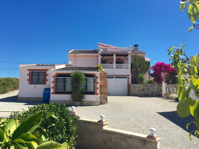 Impeccable 5 bedroom villa with mountain and sea views just 20 mis from the nearest beach.  Villa on,Spain