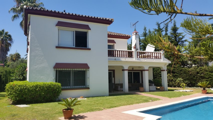 """Villa in 1st line Golf of """"Las Brisas"""", with direct access to Golf if desired. Just 1.1 km,Spain"""