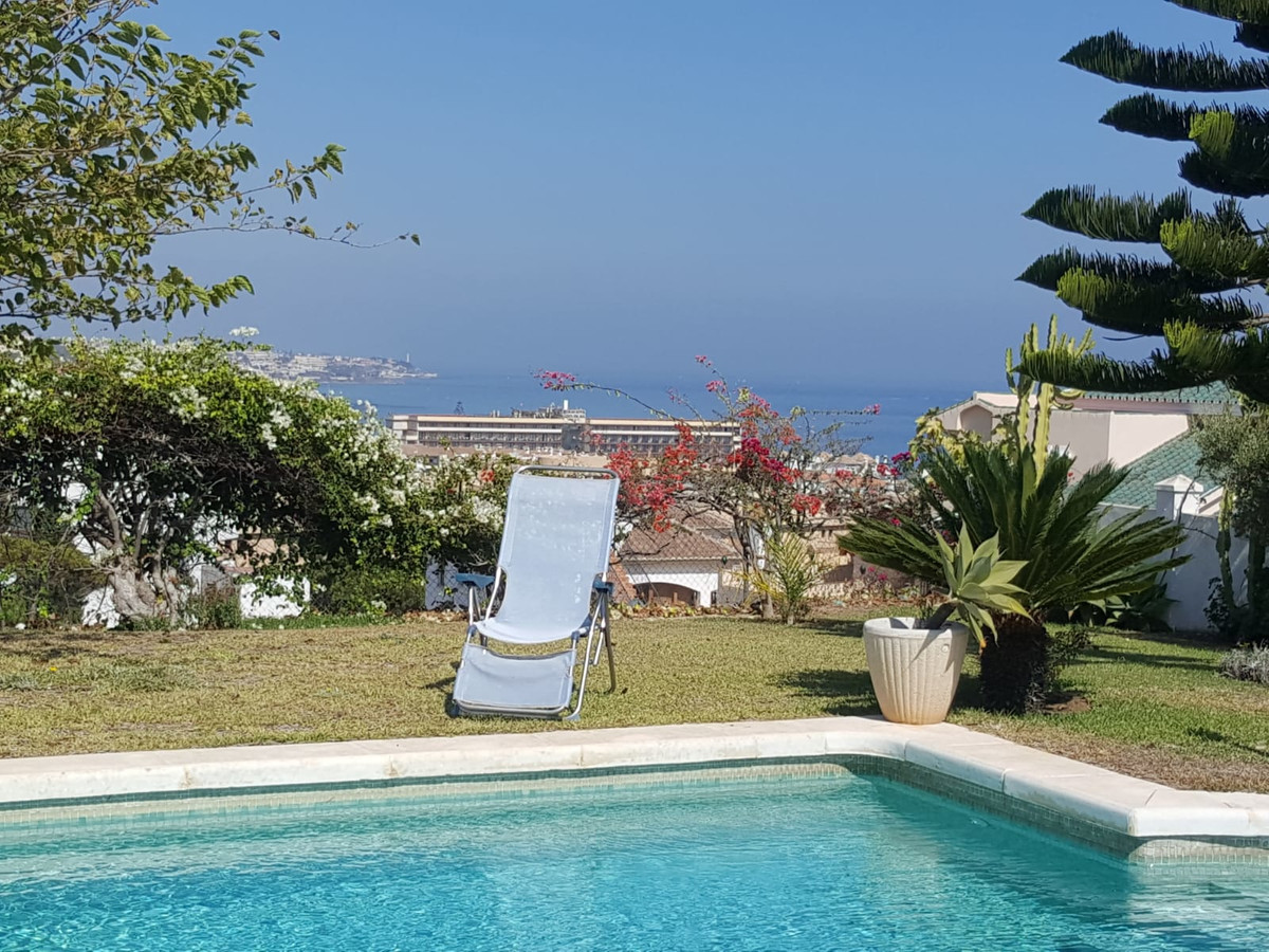 Beautiful villa with a lot of charm, situated in a quiet area LA CALA in Mijas-Costa, located in unb,Spain