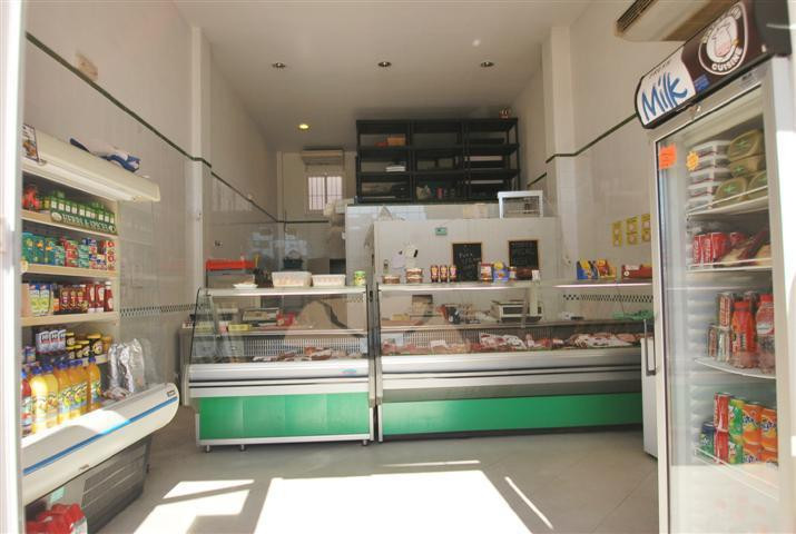 Mijas Costa. Calahonda. Local for sale.   Excellent commercial premise within a very popular shoppin,Spain