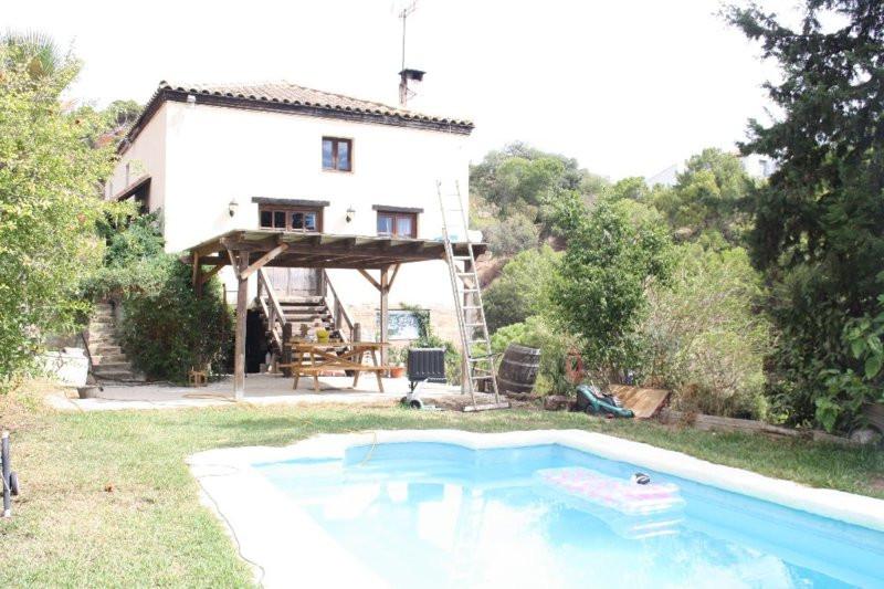 Finca - Cortijo, Estepona, Costa del Sol. 5 Bedrooms, 3 Bathrooms, Built 90 m², Terrace 90 m², Garde,Spain