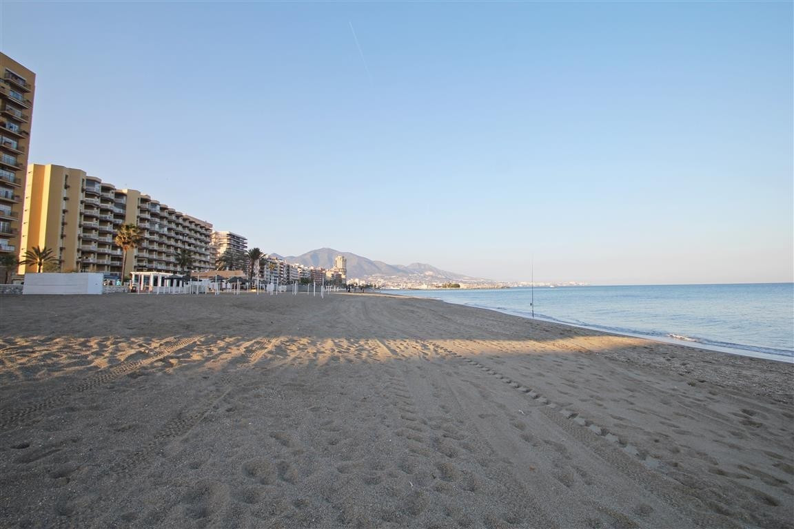 Ideally located beachside apartment with lovely sea views in Fuengirola, set within walking distance,Spain