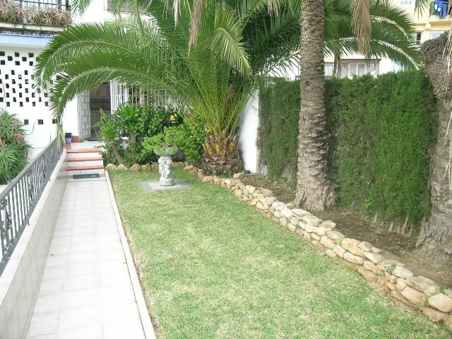 STUDIO MARBELLA. TOTALLY REFORMED, WALKING DISTANCE !! This ground floor private garden studio has b, Spain