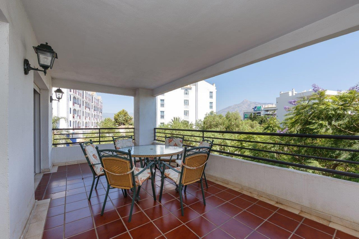 A chance to own an attractive investment property in Puerto Banus. Right in the centre of the action, Spain