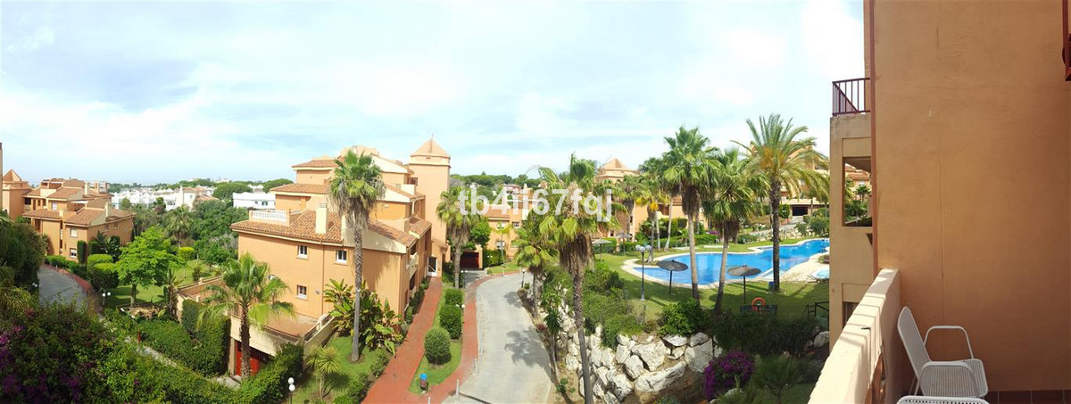 Fabulous Penthouse in the Reserve Area of Marbella with sea and mountain views, consists of 2 large , Spain