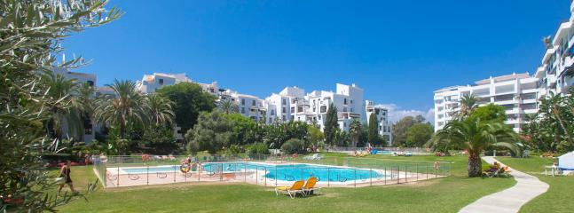 Great apartment on the ground floor located in one of the best residential complexes of Puerto Banus, Spain